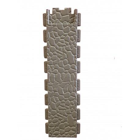pared doble altura de piedra